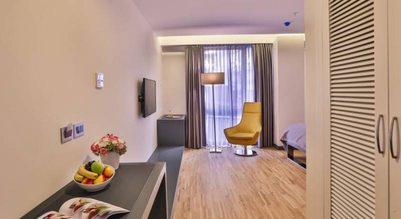 Business Life Boutique Hotel