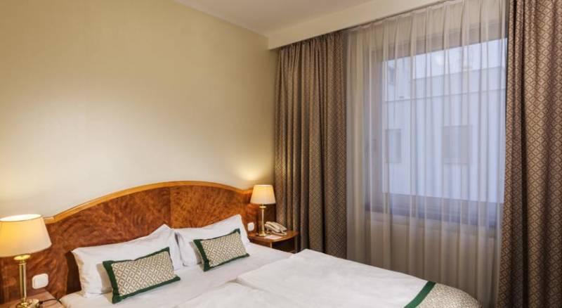 Best Western Hotel Hungaria
