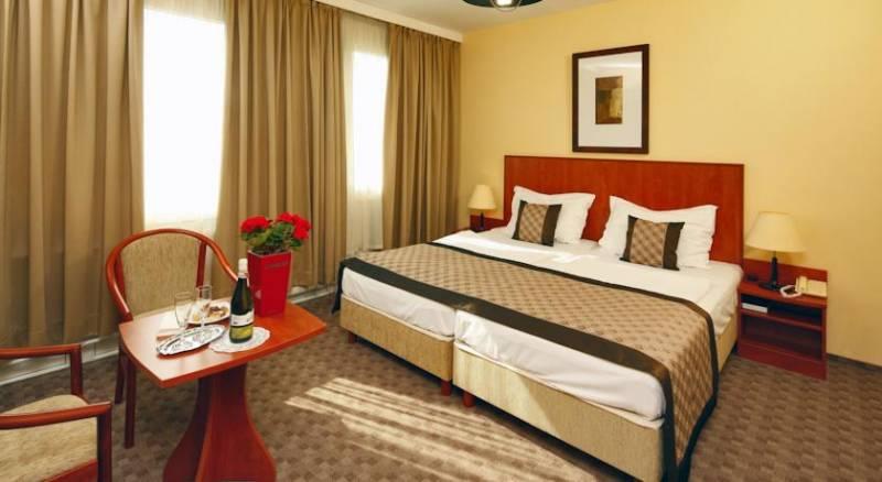 Hotel Charles
