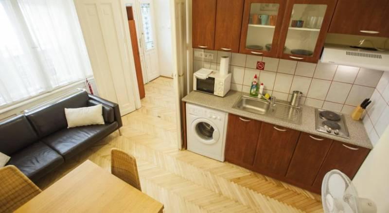 Piano POP Apartments