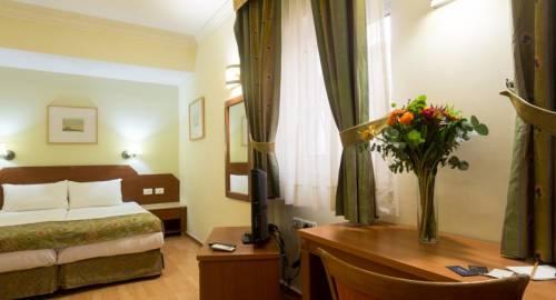 De La Mer Hotel - by Zvieli Hotels