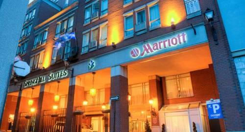 SpringHill Suites by Marriott Vieux-Montréal / Old Montreal
