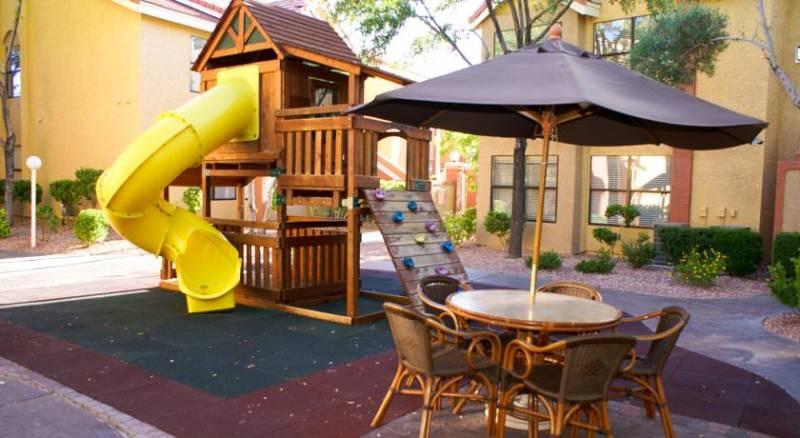 Westgate Flamingo Bay Resort