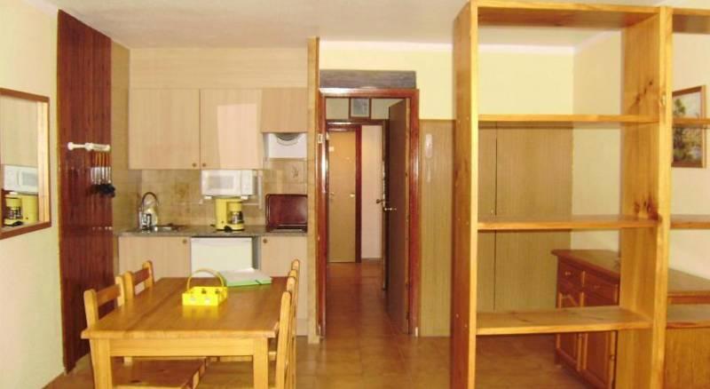 Apartamentos Paradis Blanc 3000