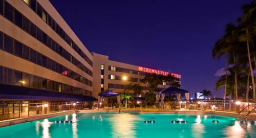 Crowne Plaza Hotel Miami International Airport