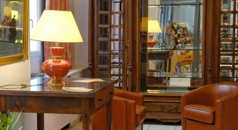Royal Hotel Grenoble Centre