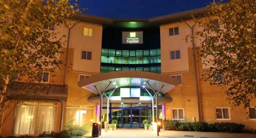 Holiday Inn Express Southampton - M27, J7
