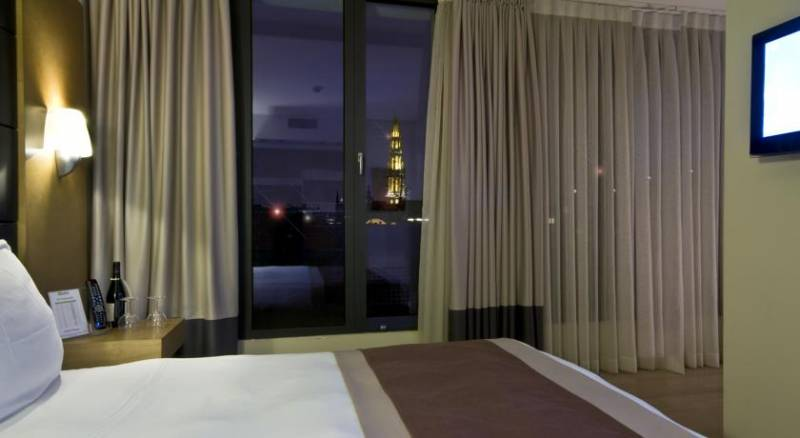 B-Aparthotels Grand Place
