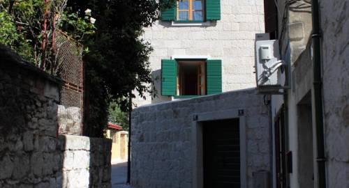 Apartments Perla
