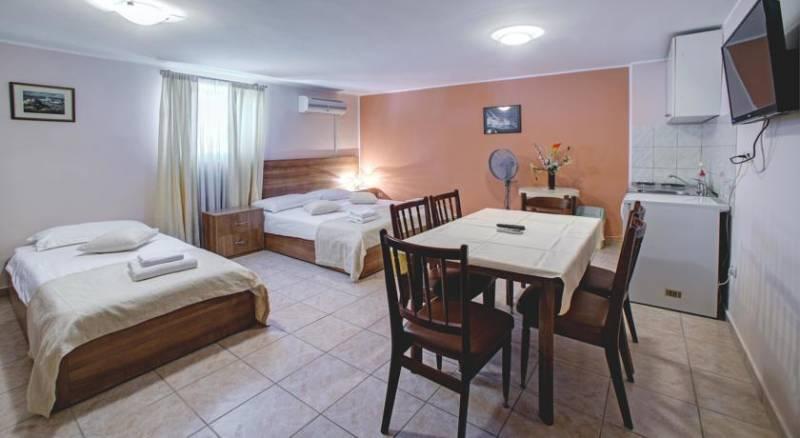 Hotel Skradinski Buk