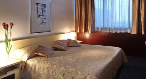 Hotel Slavija Garni