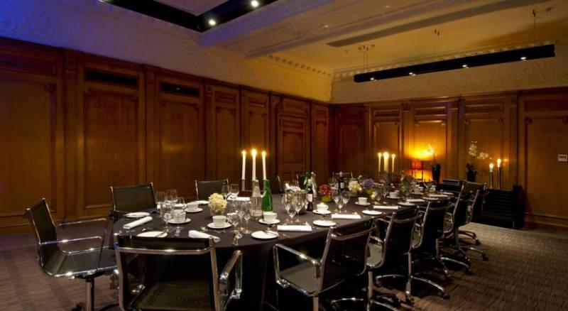 Apex Waterloo Place Hotel