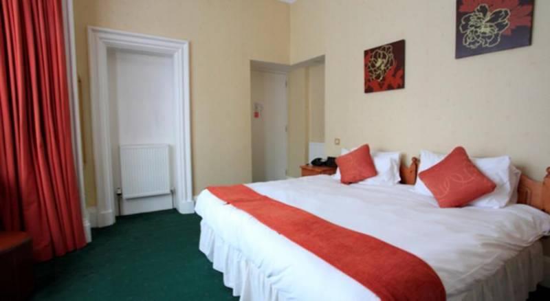 Hotel Ceilidh-Donia