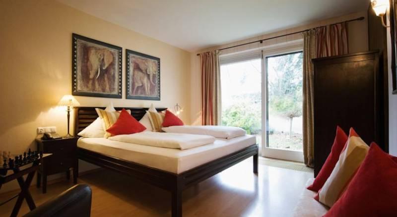 Villa Mittermeier, Hotellerie und Restauration