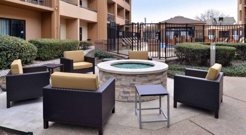 Courtyard by Marriott Dallas Northwest