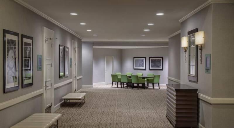 Dallas-Addison Marriott Quorum by the Galleria