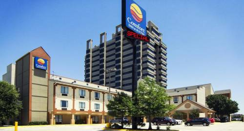 Comfort Inn & Suites Love Field – Dallas Market Center