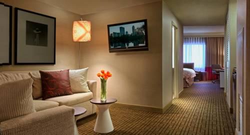 Renaissance Austin Hotel, A Marriott Luxury & Lifestyle Hotel