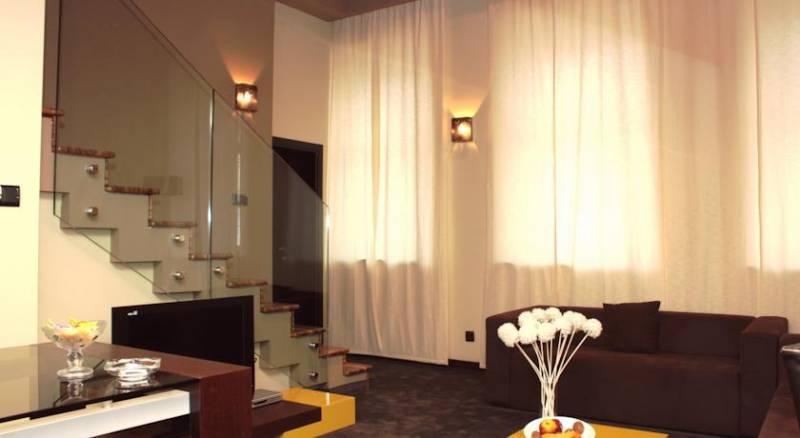 Cosmopolitan Hotel & Wellness