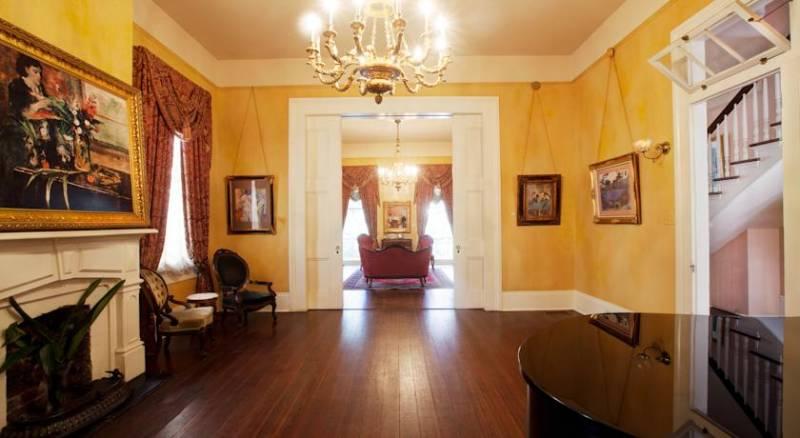 Degas House