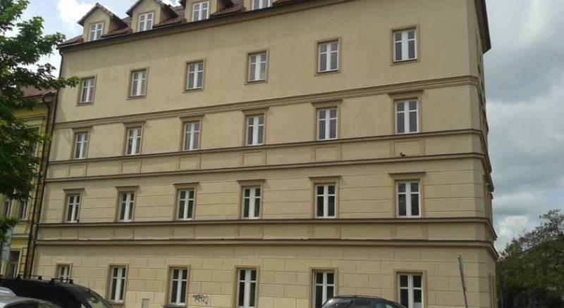 EasyHotel Prague
