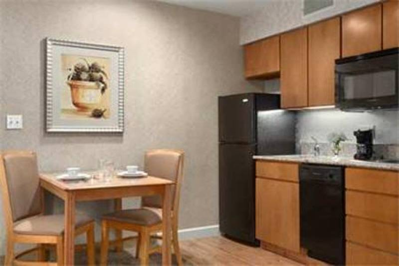 Homewood Suites by Hilton Indianapolis At The Crossing