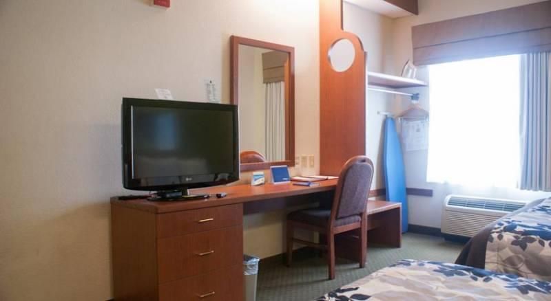 Sleep Inn & Suites Orlando Airport