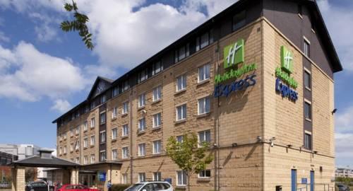 Holiday Inn Express Edinburgh Waterfront