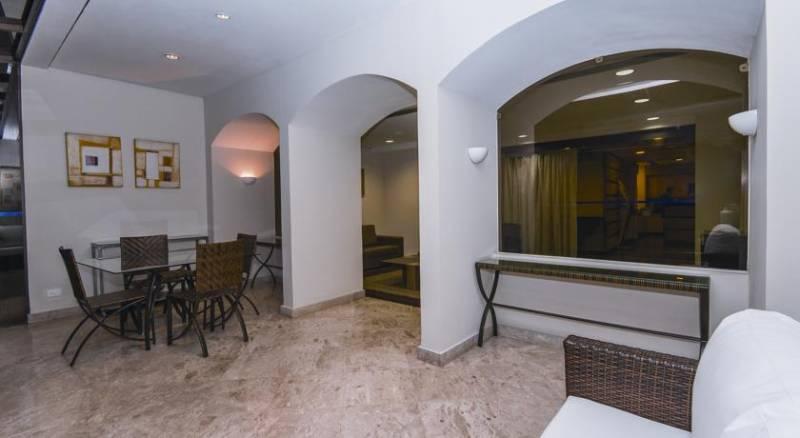 Transamerica Classic La Residence