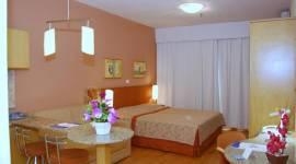 Harbor Regent Suites
