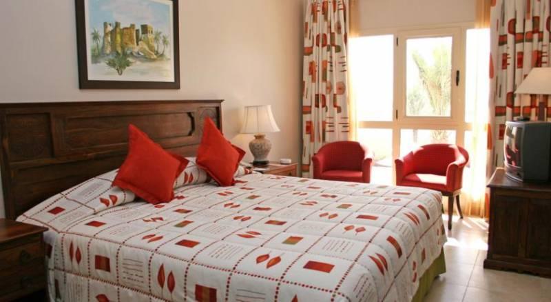 Al Hamra Village Golf and Beach Resort