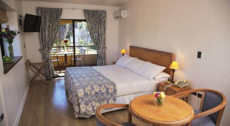 Hotel Playa Campanario