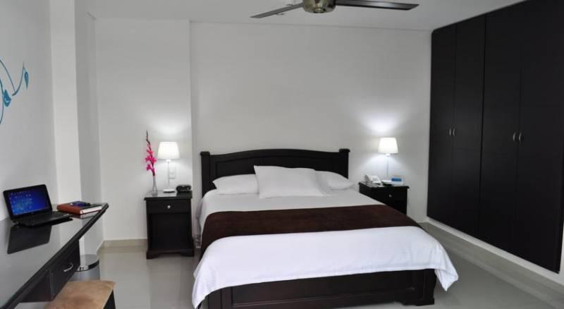 Hotel Santa Marta Real