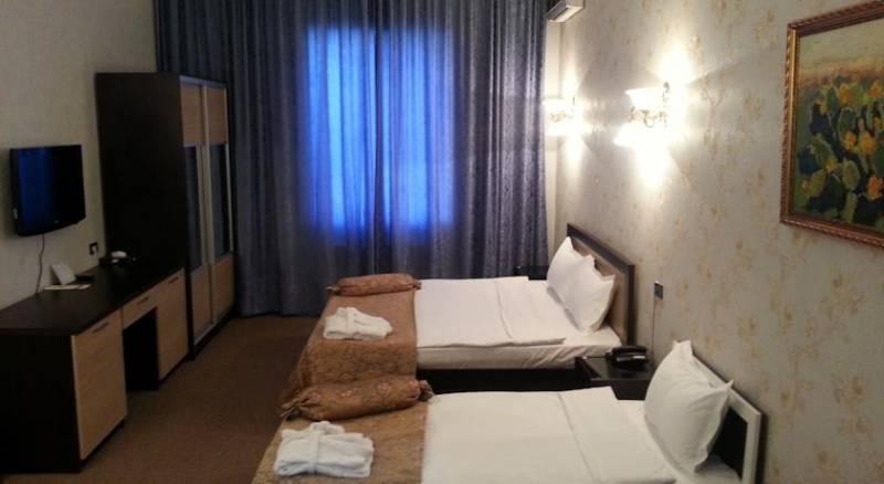 Miraj Inn Boutique Hotel