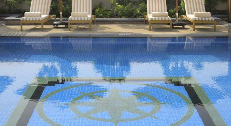 Ramada Jumeirah Hotel