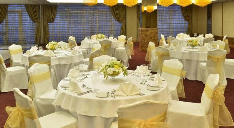 Swiss-Belhotel Seef Bahrain