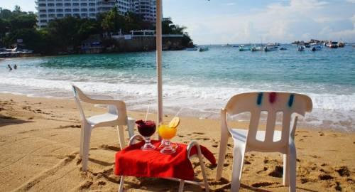 Acamar Beach Resort