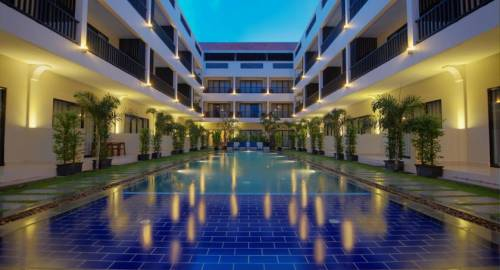 New Riverside Hotel
