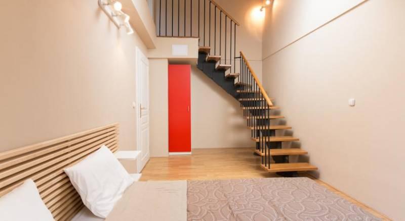 Picasso Apartments