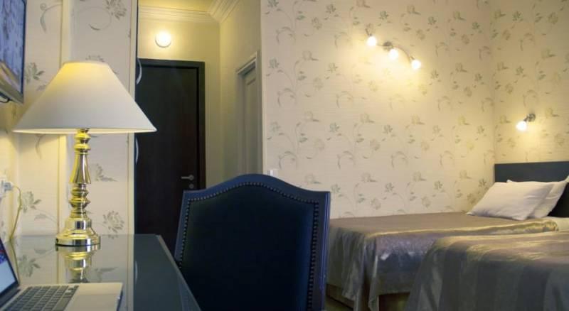 Iliani Hotel