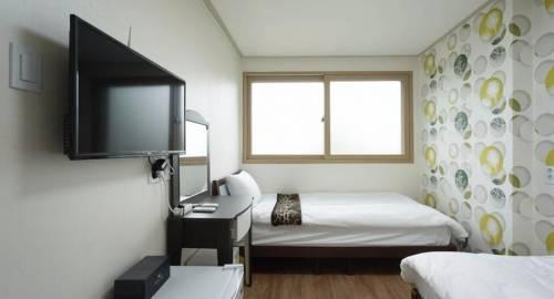 Hamory Guesthouse