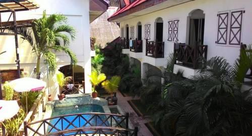 Nirvana Beach Resort