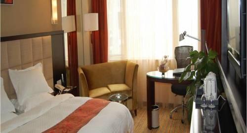 Rainbird Hotel