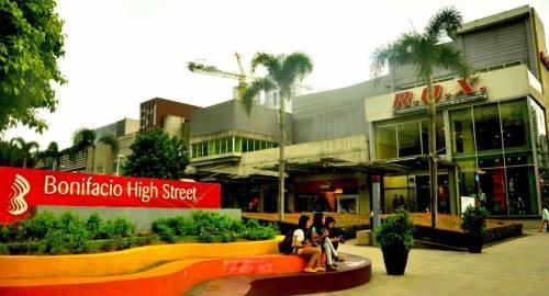 The Fort Budget Hotel- Bonifacio Global City