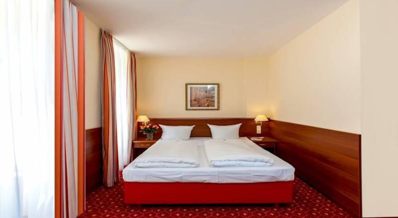Hotel & Apartments Zarenhof Berlin Friedrichshain