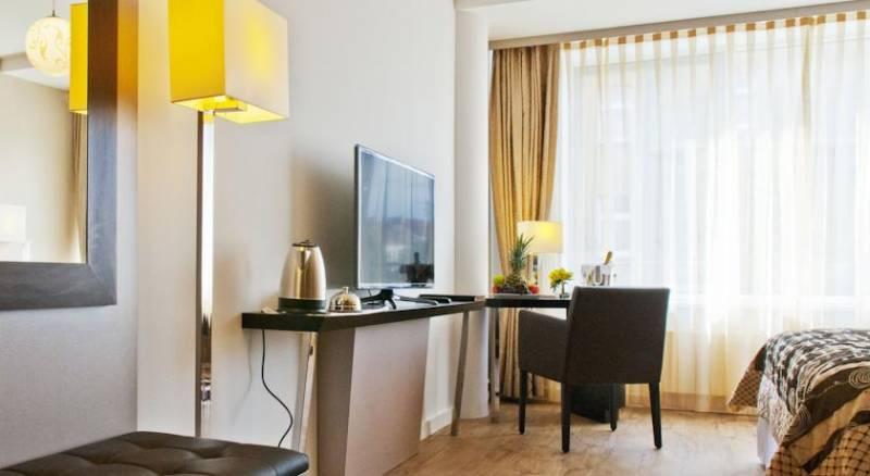 Hotel Vier Jahreszeiten Berlin City