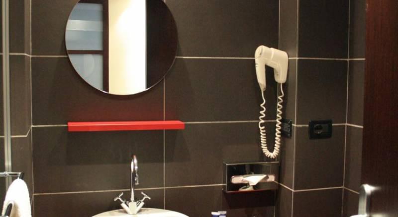 Idea Hotel Milano Watttredici