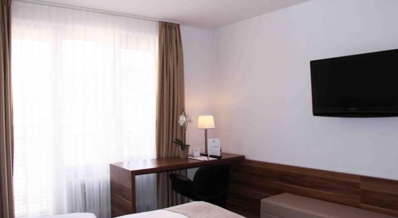 VI VADI HOTEL downtown munich