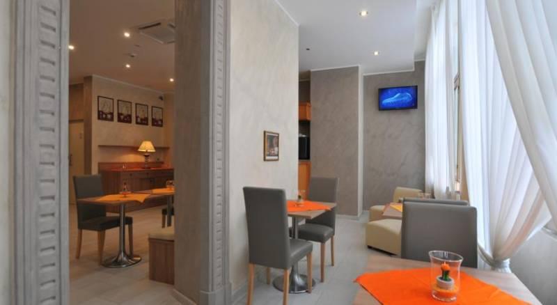 Hotel Montecarlo