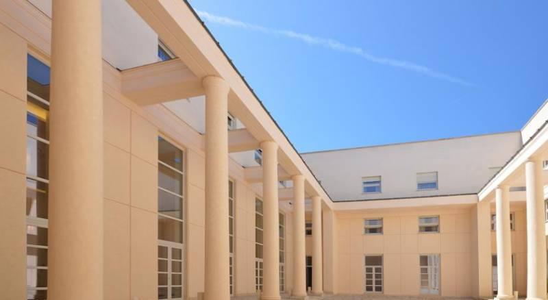 Palazzo Esedra